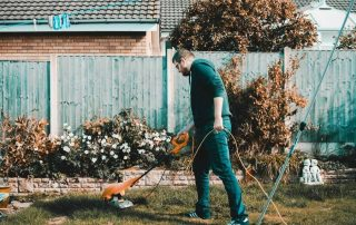 Top 9 Best Battery Powered Lawn Mowers of 2020 + Buying Guide