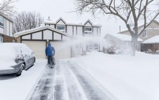 10 Best Snow Blowers for Large Driveways 2020 - Guide & FAQs
