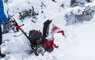 16 Best Snow Blowers for Gravel Driveways 2020 - Guide & FAQs