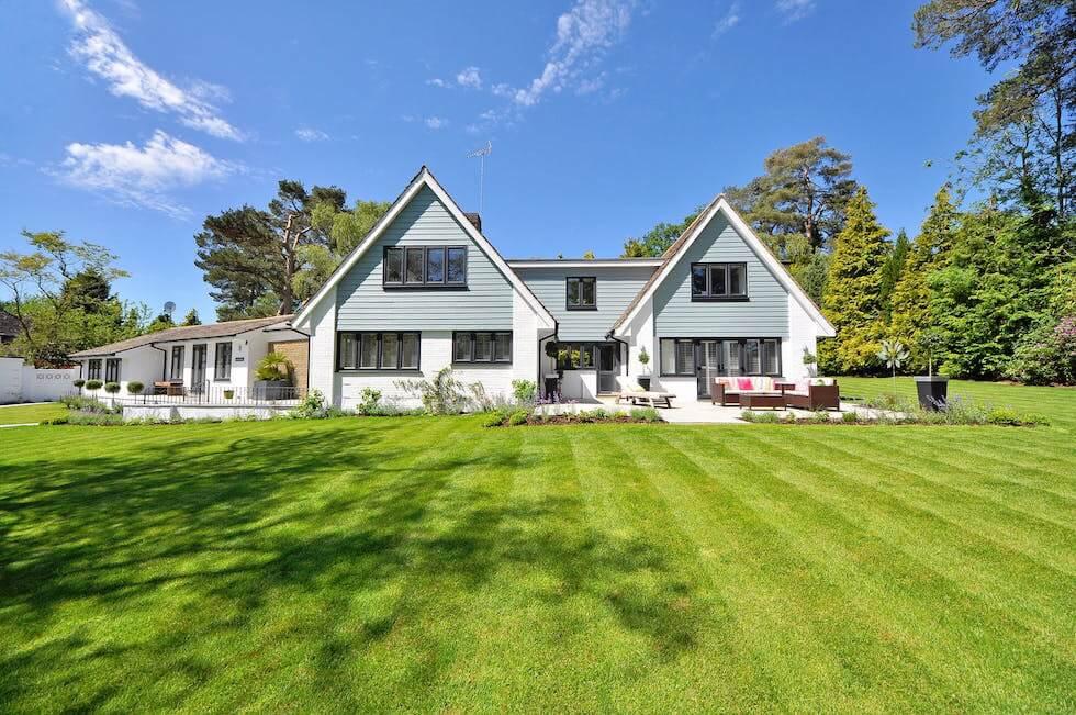 private house backyard lawn